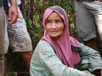enek yang bernama Rosmaniar (60), warga Jorong Rumah Panjang, Kenagarian Aia Luo, Kecamatan Payung Sekaki, Kabupaten Solok
